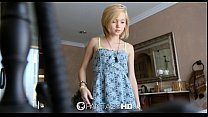 FantasyHD - Petite blonde Dakota Skye shaves he...