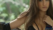 Big juggs Playboy model Shelby Chesnes on a dream date
