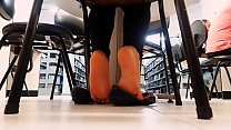 Cams4free.net - College Student Shoeplay in Library
