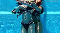 Hot Spanish and Russian teen in the pool naked Vorschaubild