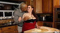 Plumper Savana Blue Sucks Big Black Cock In the Kitchen