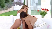 Spring flowers - lesbian scene with Athina and Frida Sante by SapphiX [얼굴에 앉기 Face Sitting]
