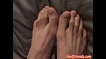 Dirty bender Steve teases with his delicious feet solo