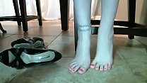 Barefoot Secretary Shoeplay Pretty Feet Part 1- www.prettyfeetvideo.com