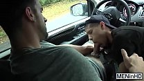 Two athletes with huge cock fucking hard in a car.....It's too hot