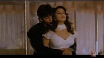 18980 MADHURI KISS ON NECK.MPG preview