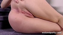 Pussy Closeup - Luna Ora gapes her pussy while fingering her ass video