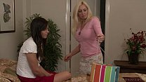 Cindy Craves Turns Bobbi Starr Into A Lesbian