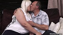 Wife finds husband cheating with blonde BBW