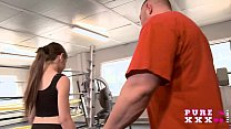 Tiny Australian bangs her gym instructor's Thumb