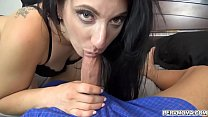 Stepson had no choice but to please his stepmom and give her a facial