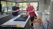 12445 Real Wife Stories - (Courtney Taylor, Keiran Lee) - Courtney Lends A Helping Hand - Brazzers preview