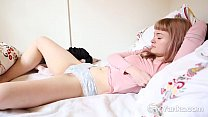 Yanks Laney Fingers Her Hairy Snatch