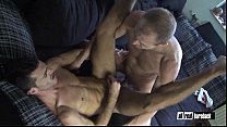 Bareback Twink and Dad Flipflop Fuck