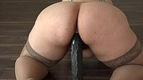 A girl with a big ass masturbates her pussy with a big dildo Vorschaubild