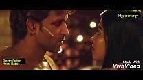 Hrithik Roshan and Pooja Hegde Hot Kiss In Mohe... thumb