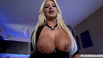 Brittany Andrews Shows Off Her Amazing Tits To