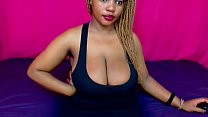 Hot Black Girl Jiggles Her Huge Titties - DamnCam.net