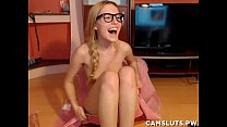 webcam cutie stripping and playing with dildo