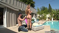 Blonde Babe Nicole Aniston thumbnail