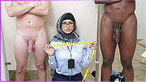 Screenshot MIA KHALIFA  - My Experiment Comparing Black Dic...