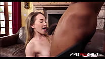 Tiny Teen Wife Angel Smalls Cheats On Husband With Black Guy With A Big Cock Vorschaubild