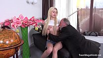 Old-n-Young.com - Furia - Blondie follows her o...