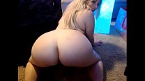 Huge Ass and Tits on this Blonde Pawg