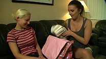 189 - Babybag and diapers image
