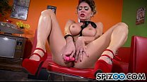 Jessica Jaymes XXX - In this solo masturbation Miss Jaymes is in her 50' Diner