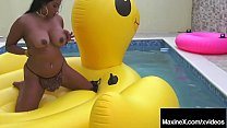 Self Pleasuring Asian Milf Maxine X Gets Off On A Huge Duck?
