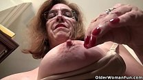 American milf Brandi needs a good rub down pornhub video