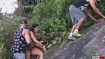 Ksal hot lives a unique adventure with the Hot team and the friend Pitbull porn, they climbed the mountain but high up the river to fuck and make that slutty hot and with a lot of DP