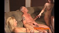 Dad and son fuck their babe girlfriends's Thumb