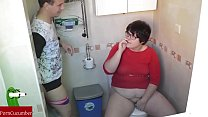 Blowjob and cum in the face of fat on the bathroom. RAF016