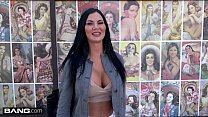 Jasmine Jae is a UK beauty that wants to experience American dick Preview