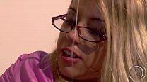 Nikki Thorne - What a you doing - you to you with the dick from your boss... Vorschaubild