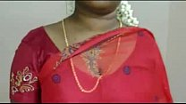Hot Mallu Servant Aunty Saree Drop to impress Young boys