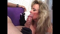 hot women sucking dick