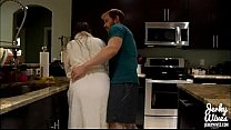 Screenshot Melanie Hicks I n Mommas Boy (dvd) vd)
