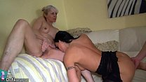 OldNanny Nice threesome, young couple is dealt with mature Vorschaubild