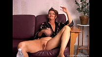 Beautiful big tits old spunker playing with her juicy pussy for you pornhub video