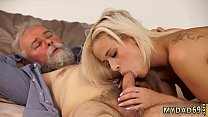 companion's daughter begs daddy and old guy fucks prostitute صورة