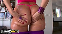 BANGBROS - English PAWG Paige Turnah Crosses Pond For Some American Dick
