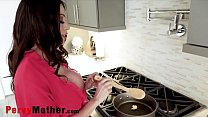 PervyMother.com - Learning Cooking With Mom Ariella Ferrara