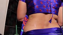 desimasala.co - Lonely horny aunty seducing romance with her servant