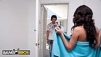 BANGBROS - Lexi Stone Goes They Extra Mile To P...