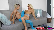 Mom Olivias pussy gets licked and fingered by t...