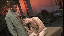 Assalto Militar Interracial Studs