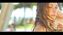 BANGBROS - Sexy Babes Showering In South Beach To Rinse Off Sand video